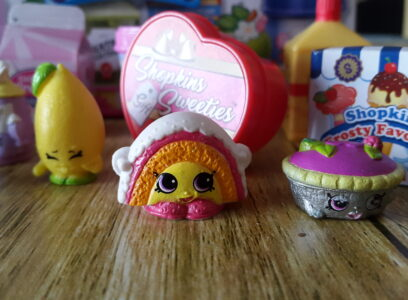 Shopkins Small Mart Universe